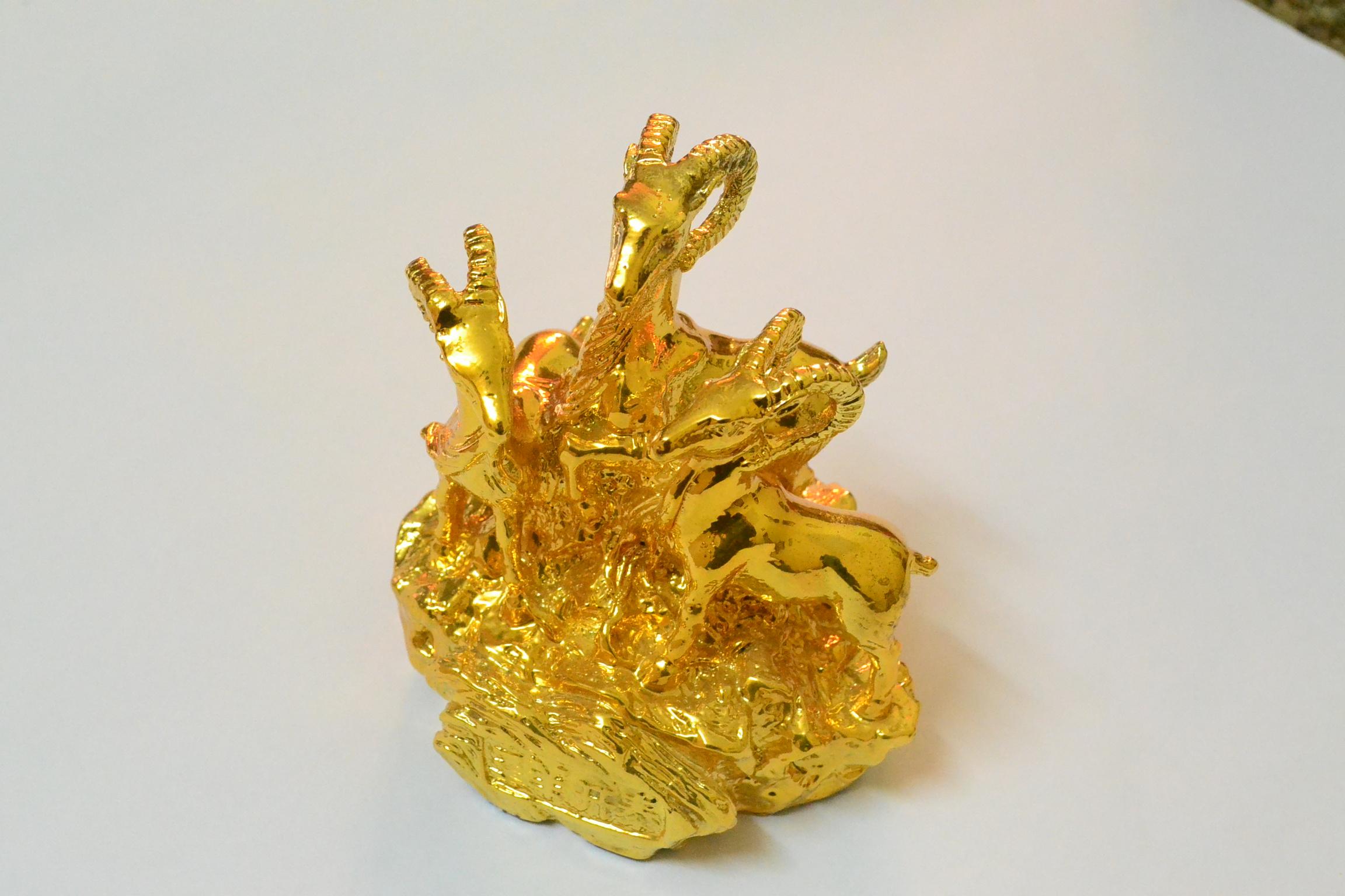 Tượng 12 con giáp mạ vàng - Tượng dê mạ vàng