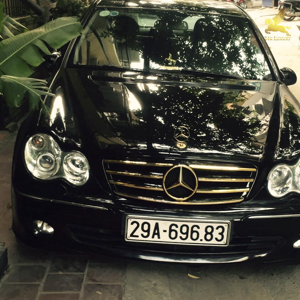 ô tô mạ vàng và phủ nano