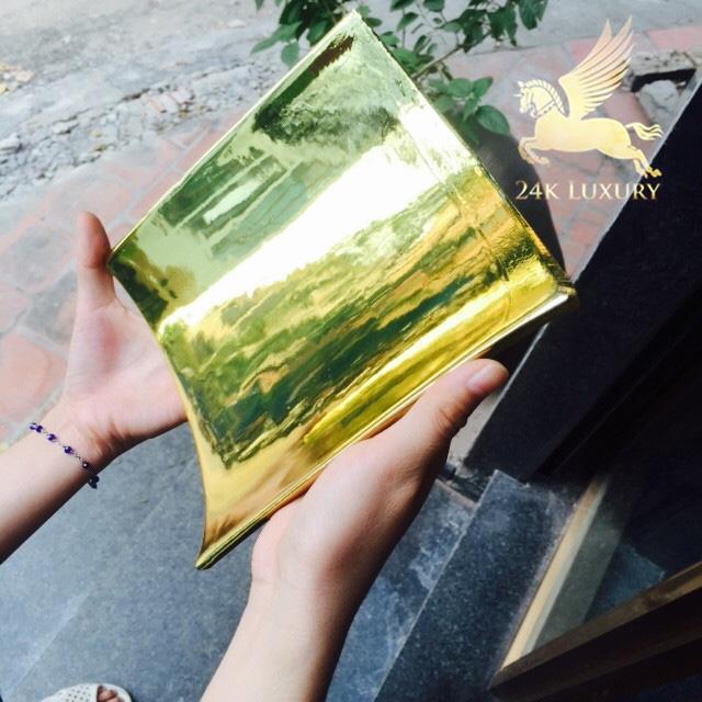 Ngói sứ mạ vàng đẹp tinh sảo