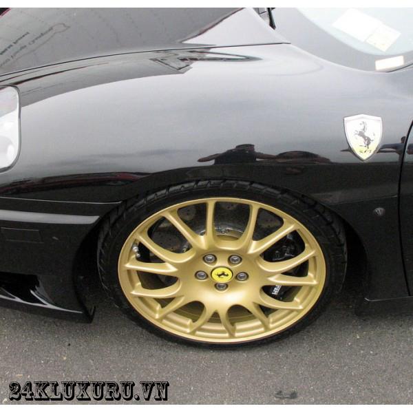 Vành ô tô mạ vàng tạo kiểu dáng khác biệt và sang trọng