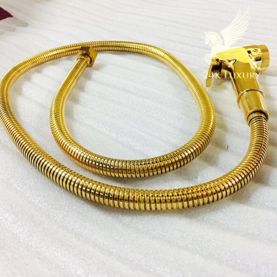 Vòi xịt mạ vàng là một trong những sản phẩm mạ vàng tại Vina Gold Art