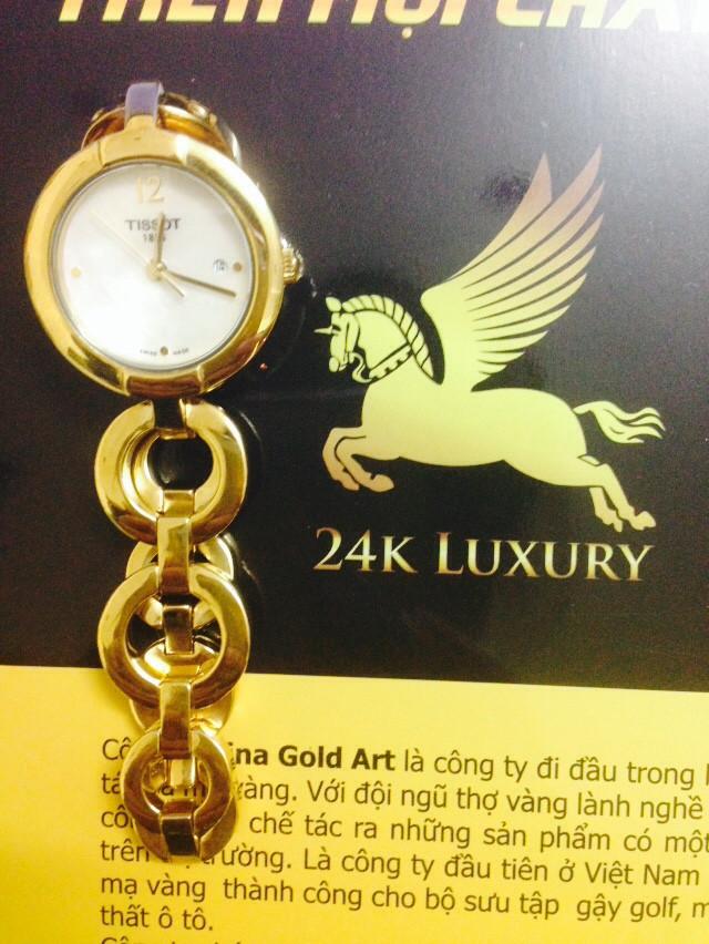 Đồng hồ nữ thời trang mạ vàng