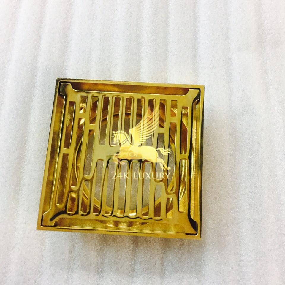Ga thoát sàn mạ vàng là một trong những sản phẩm thiết bị vệ sinh mạ vàng tại Vina Gold Art