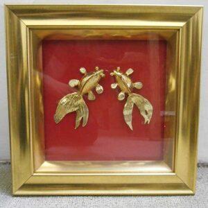 Bức tranh cá mạ vàng cũng là món quà mà bạn không thể bỏ qua
