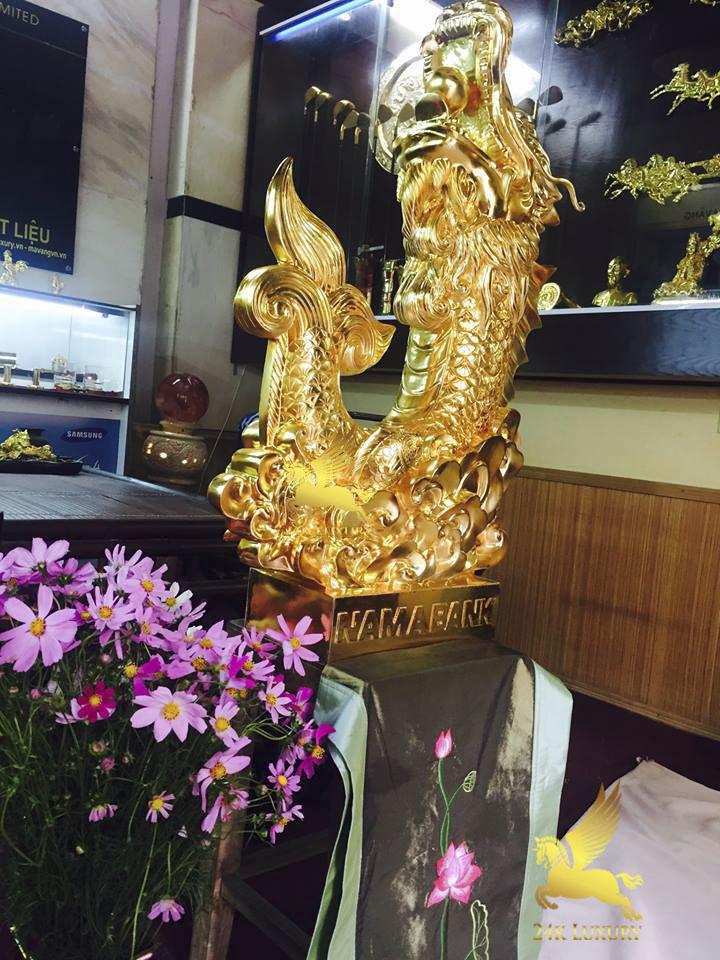 Tượng Cá Chép hoá Rồng phun vàng là sản phẩm nôi bật, có ý nghĩa vô cùng độc đáo